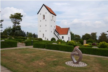 Hyllebjerg Kirke og Hede
